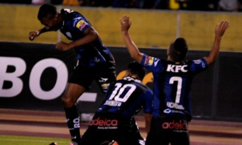 Independiente del Valle gana 2-0 a River Plate